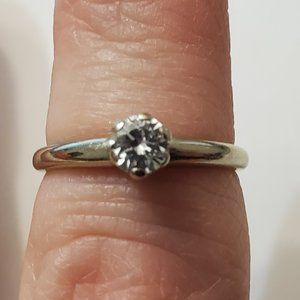 Vintage 14K White Gold .17 Carat Diamond Ring